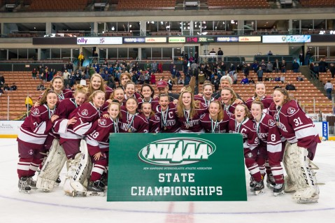 2017-2018 HHS GIRLS HOCKEY VS EXTER D1 STATE FINALS-521-L.jpg